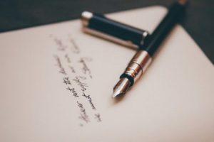 Badanie autentyczności podpisu - zdjęcie